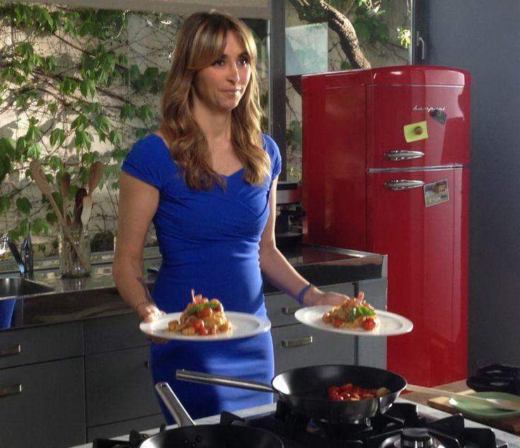 Benedetta e il nostro #frigorifero #bompani  #rosso #retrò