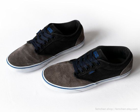 a704b1e5705eaa Vans Atwood low top sneakers, vintage skate shoes, in black canvas and grey  suede with navy blue details and laces.