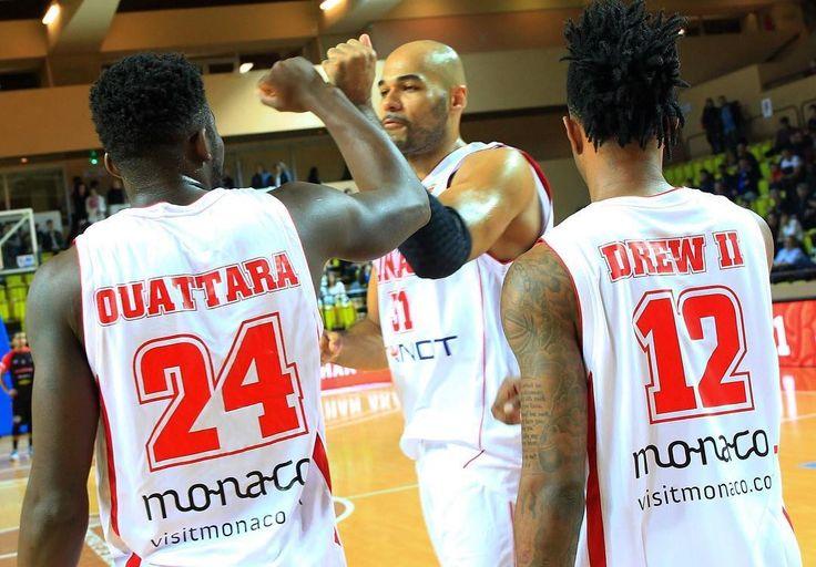 #Fontvieille Premier match à la maison pour Visit Monaco sur le maillot de la Roca Team et première victoire dans une salle enthousiaste et bien remplie. De bon augure !  #RocaTeam #asmbasket #LNB #proA #team #basketball #asmonaco #monaco #montecarlo #munegu #france #lnb @jamalshuler @yak24 @a_uter8 @amarouxx @djcoop5 @larry.light @surge_ukr @aaroncel5 @aka13 @euro_hooper84 by asmonaco_basket_official from #Montecarlo #Monaco