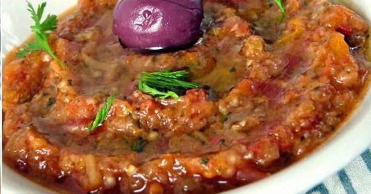 Fabulosa receta para Ensalada marroquí de berenjenas (zaalouk)زعلوك. el zaalouk es una ensalada típica de marruecos , muy parecida al pisto, hecha a base de berenjenas, es un plato que se puede servir frio o calinte, como guarnicion de carne o pescado, o simplemente solo con huevo frito