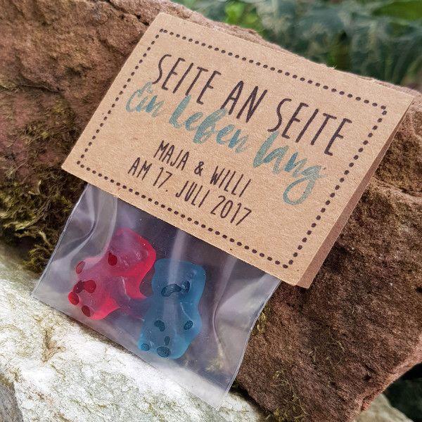 Gastgeschenke - Gastgeschenk Hochzeit Fruchtgummi Kraftpapier - ein Designerstück von ChrisSign bei DaWanda