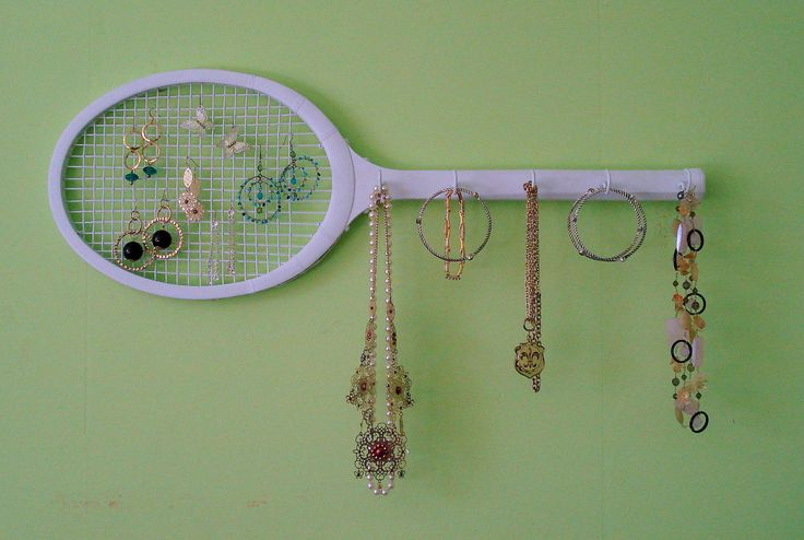 Retro Wooden Tennis Racket Jewelry Holder / Wall Decor -  Great DIY Idea or can be purchased directly from Etsy.