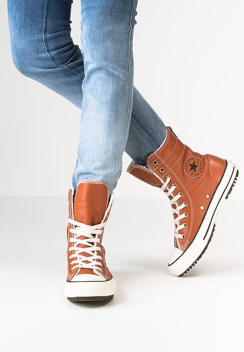 Chaussures Converse CHUCK TAYLOR ALL STAR  - Bottes de neige - antique sepia/parchment/egret marron: 110,00 € chez Zalando (au 14/01/17). Livraison et retours gratuits et service client gratuit au 0800 915 207.