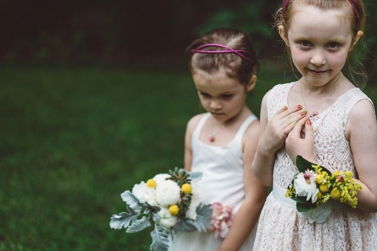 Sweet and simple flower girls for Melbourne Wedding #wedding #melbourne #flowergirl #photography