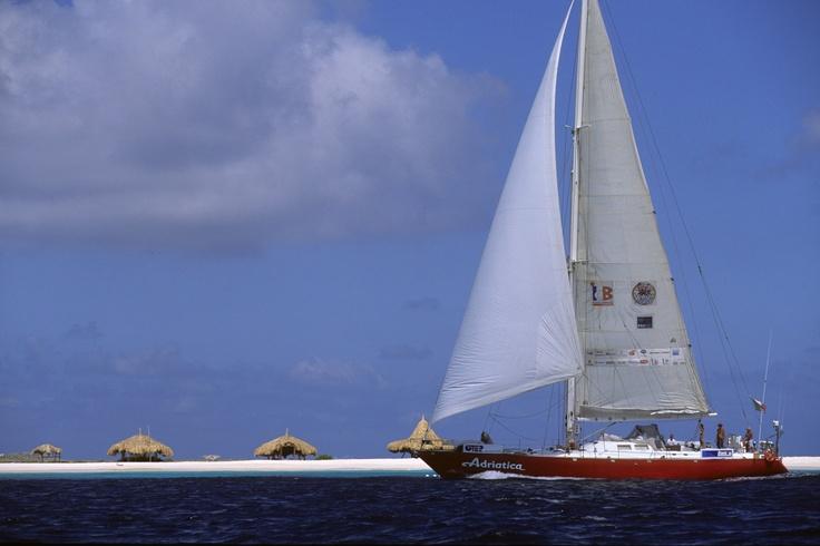 #Adriatica a Los Roques - pic by Mauro Toccacieli.  #sailing #sloop #sailingboat