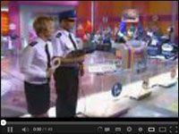 Wypadek na planie programu telewizyjnego Europa da się lubić z Conrado Moreno http://www.smiesznefilmy.net/conrado-moreno-europa-da-sie-lubic #ConradoMoreno #SmieszneFilmy #wpadka