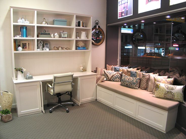 6 Ways To Turn Your House Into A Productive Home Environment: Hampton Style Home Office With Retractable Doors For