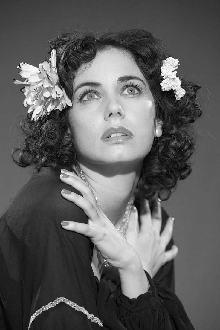 Mia Kirshner in The Black Dahlia