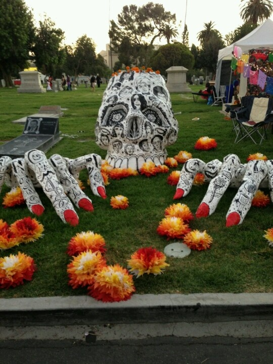 I don't know where this is from but it is beautiful. Day of the Dead altar.