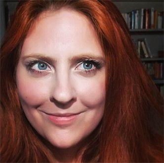 Cassandra Winter  im Interview mit Angela Gäde über Geister, Spuk und Übersinnliches