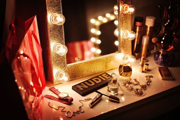 Golden deluxe   #makeupmirrorcom #makeupmirror
