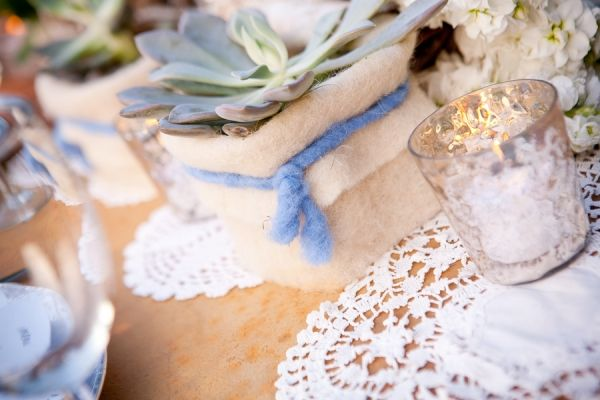 Birch and Doily Wedding DecorSilver West, Birches, Tables Ruffles, Doilies Wedding, Candles Holders, Ideas Ruffles, Elm Candles, Rustic Wedding Tables 097, Vintage Lovers