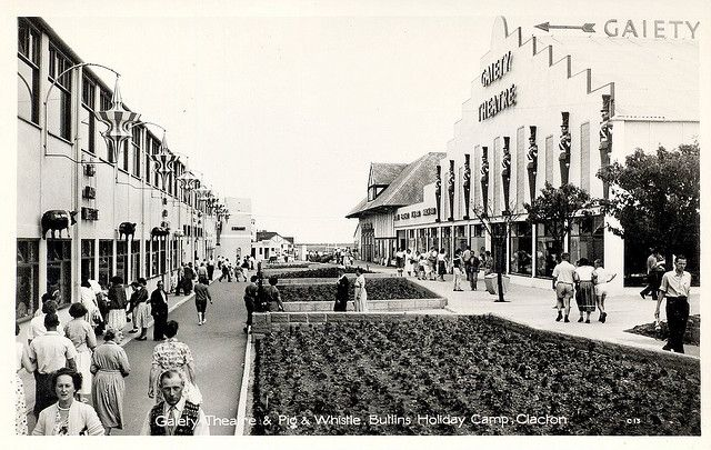 Butlins Clacton - Gaiety Theatre and Pig & Whistle | Flickr - Photo Sharing!