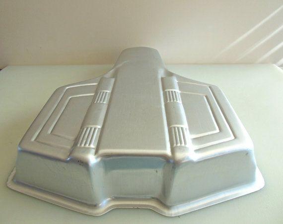 wilton superman cake pan instructions