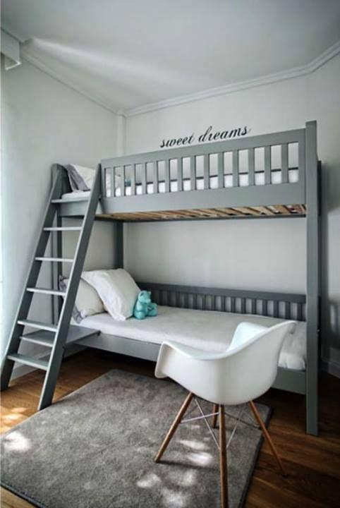Χαρίστε του όνειρα γλυκά με χρώματα Χρωτέχ.  Θα τα βρείτε στο κατάστημά μας Μ. Ψελλου 28, Θεσσαλονίκη. [ tsh. house by T.T Square Architects ]