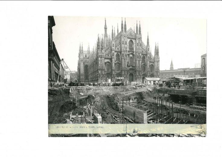 Cinquant'anni fa, il 1° novembre 1964, i primi due vagoni della metropolitana di Milano attraversarono la città da piazzale Lotto a Sesto Marelli. Un viaggio di 12,5 chilometri lungo 21 stazioni. Oggi la Rossa conta 38 stazioni su un percorso di 27 chilometri e trasporta quasi 500mila pas