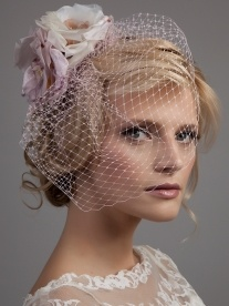 Chickadee Veil - Forties bridcage veil with coloured silk flowers | Dee Dee Bridal Handmade Vintage Inspired bridal veils, headdresses & accesssories Xx