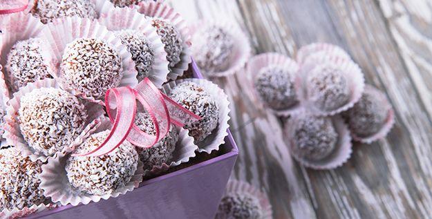 Palline Nutella e cocco - http://www.piccolericette.net/piccolericette/palline-nutella-e-cocco/