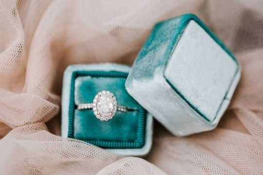 These ring boxes are to die for! Beautiful!