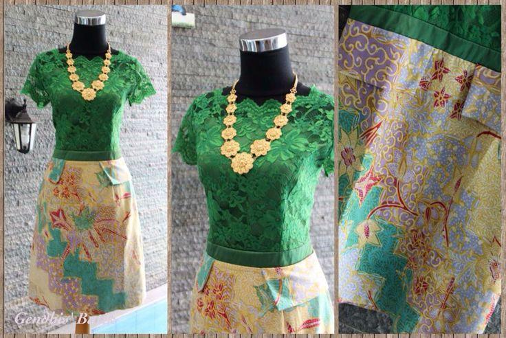 Batik Lawas Pekalongan + brukat halus + furing + tricot halus. By Gendhis Batik