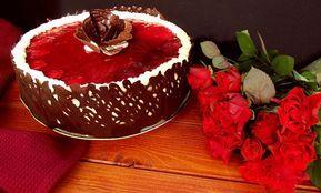 Reteta culinara Desert tort racoros, cu fructe si lamaie din categoria Torturi. Cum sa faci Desert tort racoros, cu fructe si lamaie
