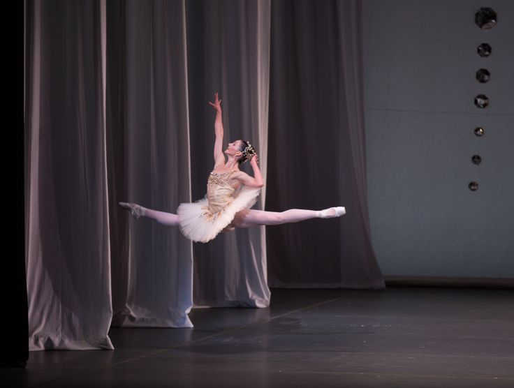 Kathleen Breen Combes in Boston Ballet's Diamonds ©Rosalie O'Connor