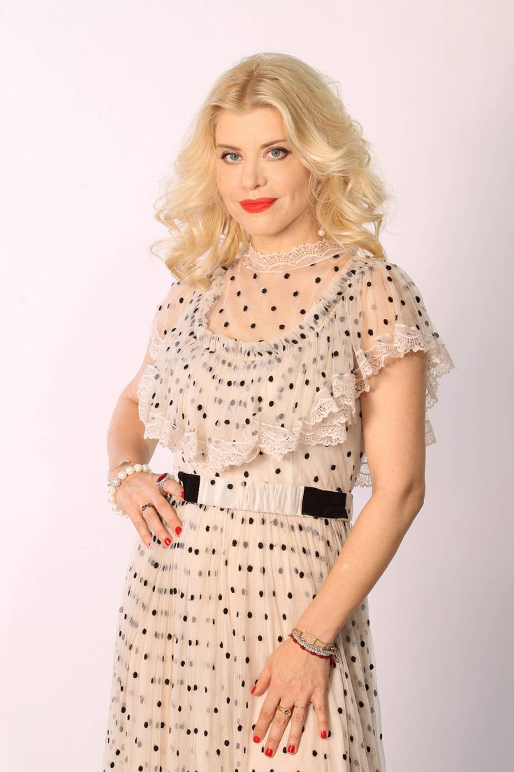 Loredana Groza Singer Chic Romania Pinterest Singers