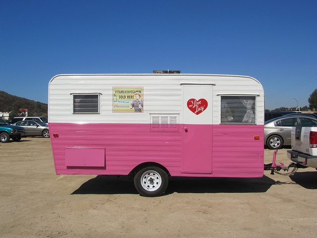 I Love Lucy I would so go camping in this!