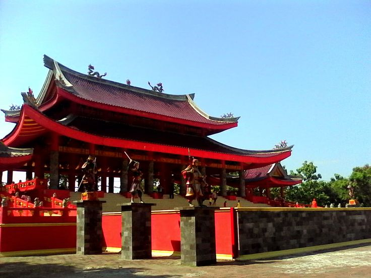Chinese Temple in Semarang SAM POO KONG ~ Yogyakarta Driver Atok