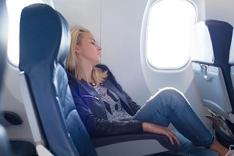 Survival-Guide für Langstreckenflüge: Bye-bye Jetlag: Mit diesen Tipps steigen Sie nie wieder erschöpft aus dem Flieger - Fliegen - FOCUS Online - Nachrichten