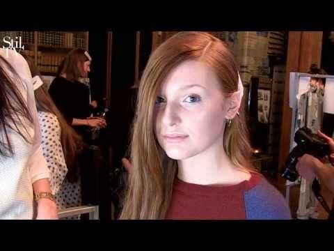 Backstage til Stine Goya AW14 showet. Hør hvilken makeup Key Makeup Artist Anne Staunsager har valgt til showet
