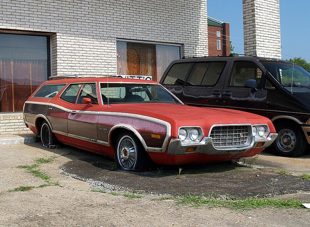 swoopy woody 1972 ford gran torino squire by martin van duijn via flickr http