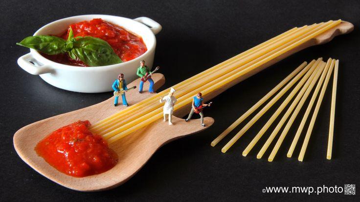 """Project PASTA: 'SPAGHETTI ALLA CHITARRA' (or 'tonnarelli') translated means """"Guitar Spaghetti"""", square spaghetti from Abruzzo"""