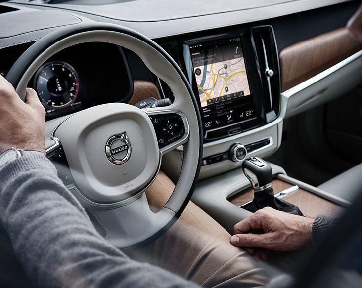 Volvo S90 2016 Interior