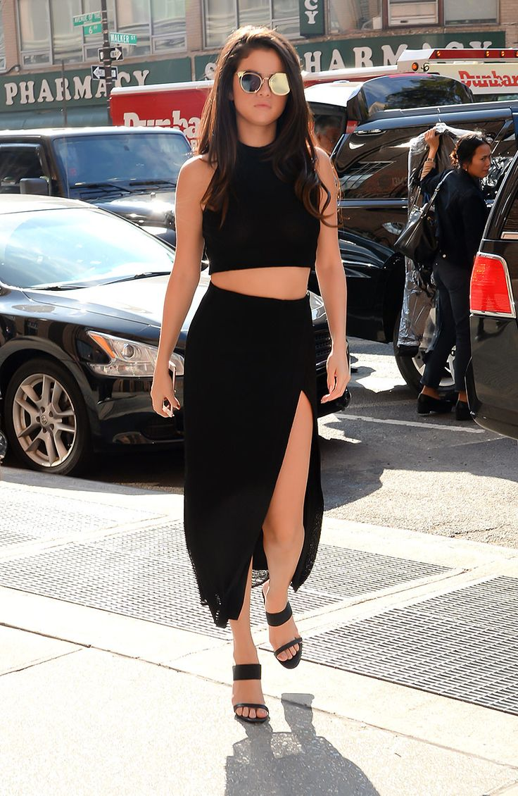 Selena Gomez   Galería de fotos 13 de 43   VOGUE