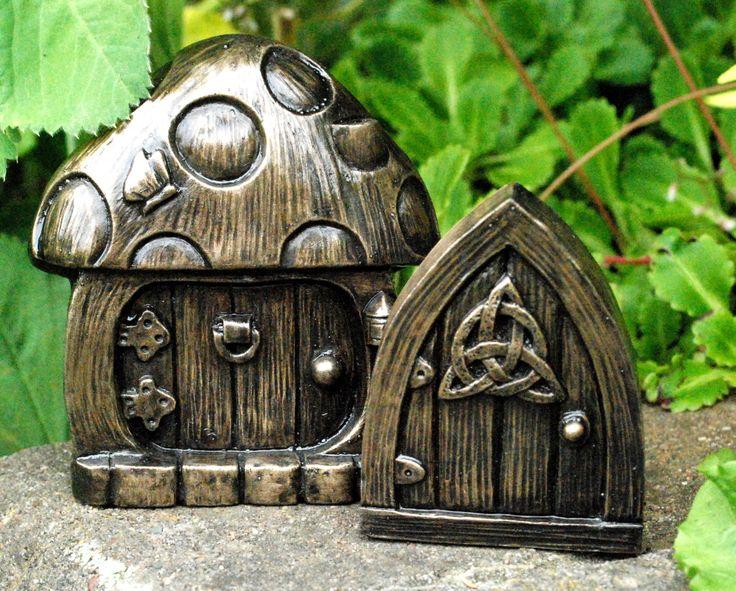 Best 22 fairy doors for the home or garden images on for Works elf door
