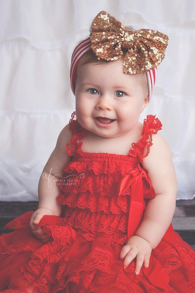 Stunning Baby Girl/'s Red Velvet Dress with Butterfly Detail//Occasion//Wedding