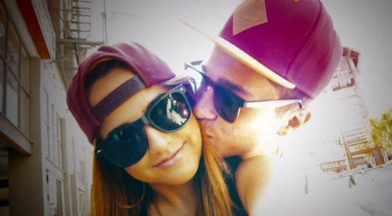 """Confira os bastidores do clipe de """"Lovin' So Hard"""", de Becky G com participação de Austin Mahone #Cantora, #Clipe, #Novo, #NovoSingle, #Single, #Sucesso, #Vídeo http://popzone.tv/confira-os-bastidores-do-clipe-de-lovin-so-hard-de-becky-g-com-participacao-de-austin-mahone/"""