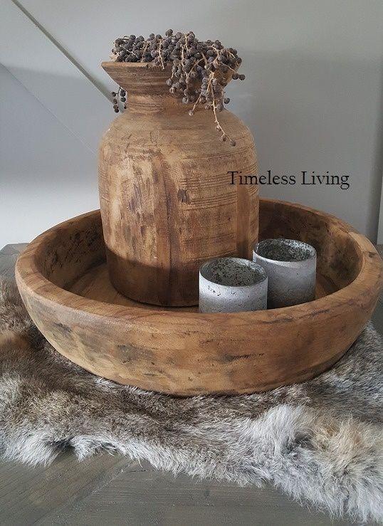 Stoere origineel zware houten bak  / schaal ∅ 50 cm.