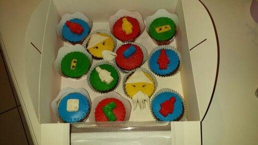 Cup cakes lego