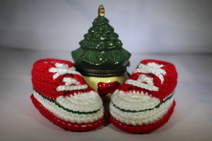 Excited to share the latest addition to my #etsy shop: Christmas Shoes, Crochet Baby Shoes, Crochet Baby Sneakers, Baby Sneakers, Baby Tennis Shoes, Baby Shower Gift, Christmas Shoes http://etsy.me/2D7vjlo #clothing #shoes #children #red #christmas #green #babysneakers