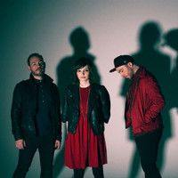 CHVRCHES - Falling (HAIM cover) by DITARMONDIS on SoundCloud