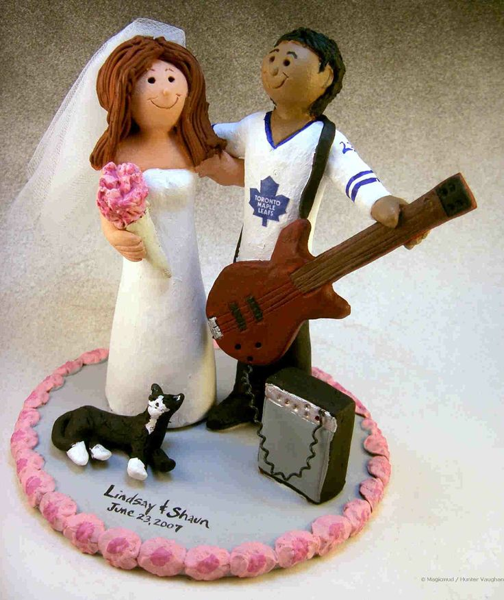maple leaf wedding cake topper 1000 ideas about wedding cakes on 17113
