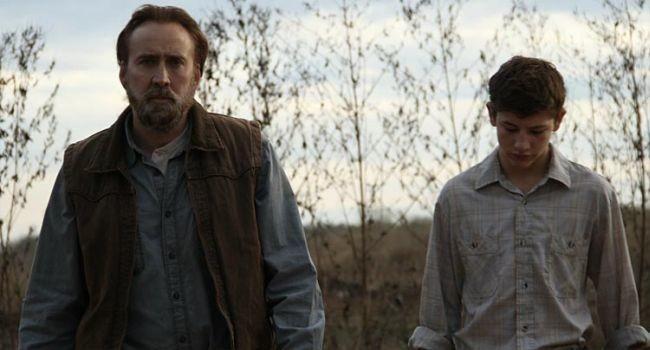 'Joe', el mejor Nicolas Cage Cage es el Joe del título, un ex convicto con tendencia a la bebida y a la violencia, que trabaja duro para sobrevivir y sobre todo no volver al mal camino. 'Joe' es de esas películas que reposan en la mente y maduran, crecen con el paso de los días, asentándose para no irse. Tal vez parte de su fuerza es gracias al contexto, o la ambientación, y ciertos personajes no siguen una evolución lógica