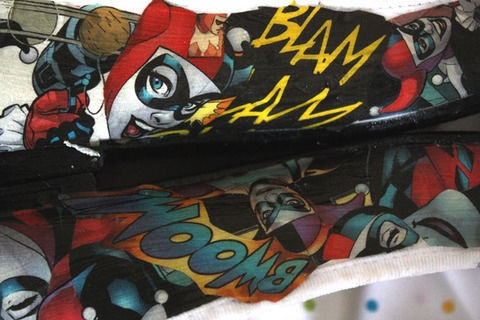 I love this. And I want to make Harley Shoes so so bad.Blatant Copy, Fashion Center, Projects Ideas, Comics Shoes, Harley Shoes, Geek Side, Fashion Pics, Quinn Comics, Harley Quinn