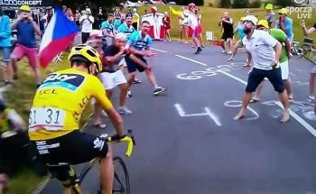 Espectador escupe a Froome durante el Tour