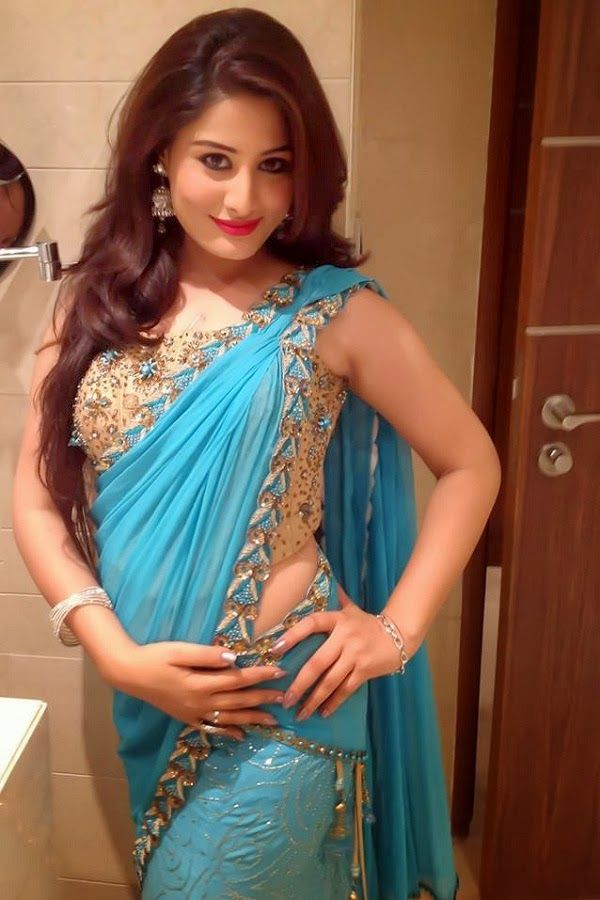 saree girl hd image
