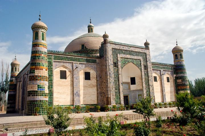 Abakh Khoja Tomb, 17th Century family cemetery of the Kashgar area Islamic leader.
