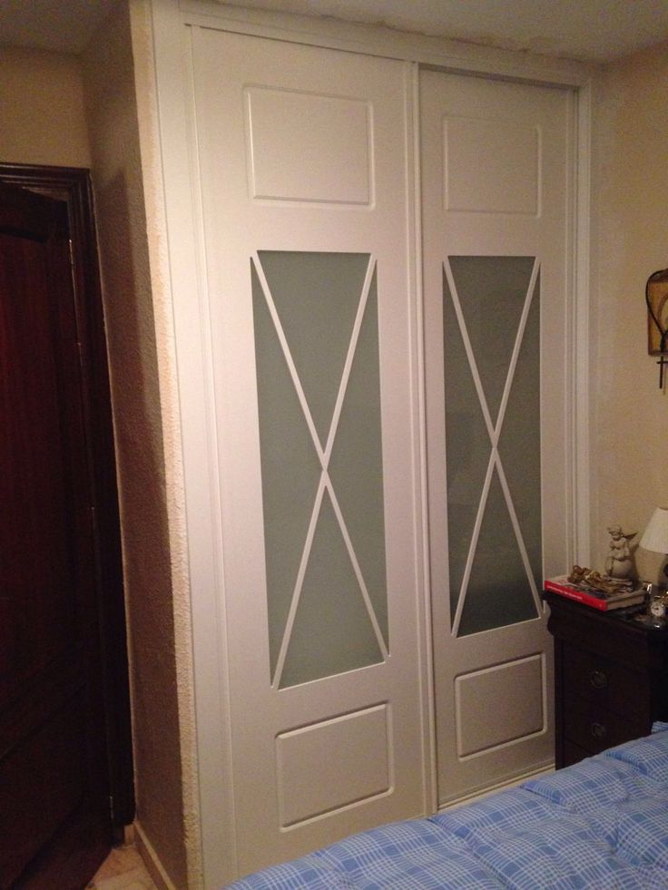 Frente de armario 2 hojas correderas lacado en blanco for Puertas correderas