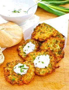 """Zucchine e feta frittelle, Turchia ricetta Bimby """"Bimby nel mondo"""